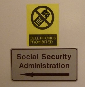 Türschild der Social Security Administration